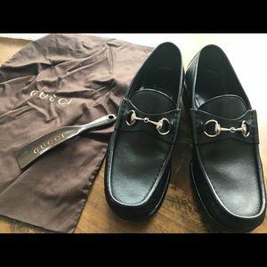 Gucci Men's Horsebit Loafers. Size 9 1/2 (9+)